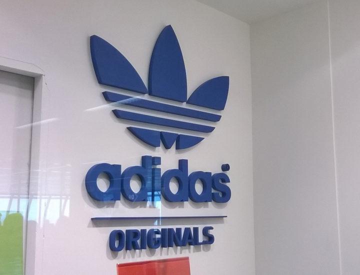 Allestimento Adidas